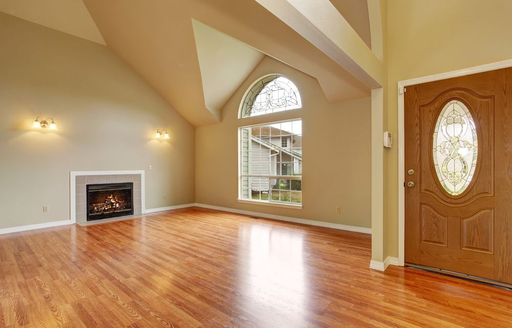 https://lvflooring.ca/wp-content/uploads/2020/06/Hardwood-Flooring-1000x640.jpg