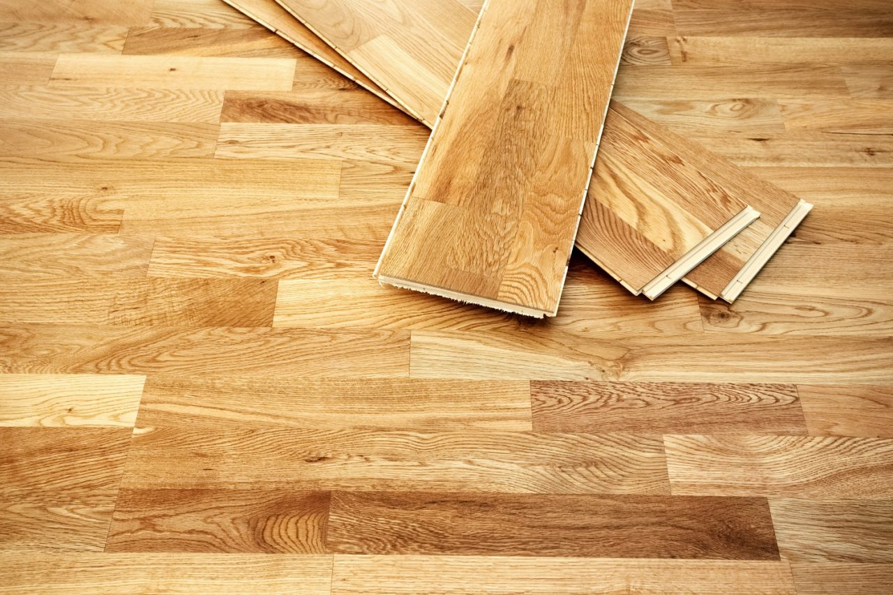 https://lvflooring.ca/wp-content/uploads/2020/07/What-is-the-Best-Way-to-Install-Hardwood-Floors-2-1280x853.jpeg