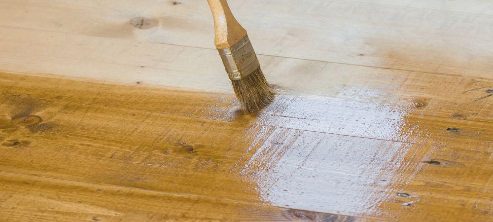 https://lvflooring.ca/wp-content/uploads/2021/02/wire-brushed-hardwood-floors.jpg