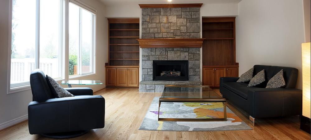 https://lvflooring.ca/wp-content/uploads/2021/03/Red-oak-flooring-banner.jpg
