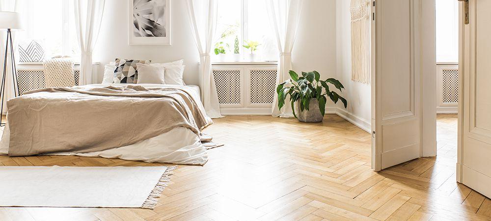 https://lvflooring.ca/wp-content/uploads/2021/05/how-much-does-herringbone-hardwood-flooring-cost.jpg