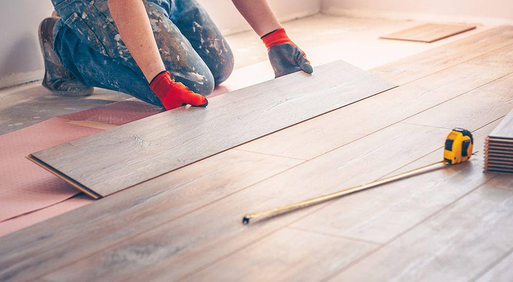 https://lvflooring.ca/wp-content/uploads/2021/09/how-to-install-laminate-floor.jpg